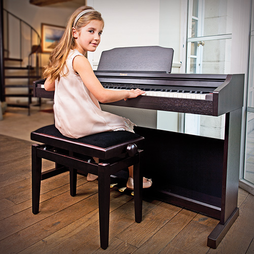 what types of pianos are there? - Digital Piano Buyers Guide | Roland UK