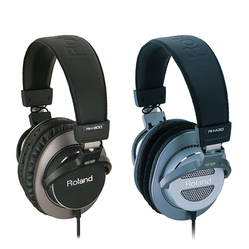 Digital Piano Headphones - Digital Piano Buyers Guide | Roland UK