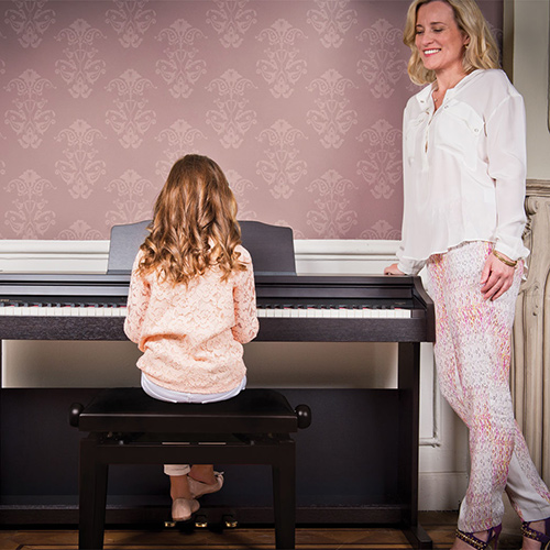 Make practising and learning piano fun - Digital Piano Buyers Guide | Roland UK